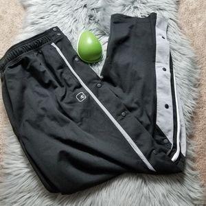 And 1 men Sport pants , size XL/EG/TG.